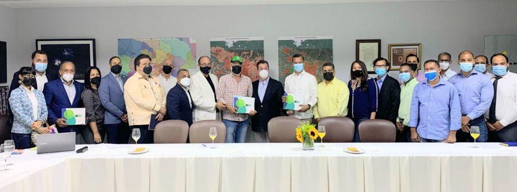 Dirección Municipal de la Fuerza del Pueblo visita al Consejo para el Desarrollo de Santiago (CDES)